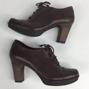 Rockport Anevia Oxford Brown Ankle Booties Heels